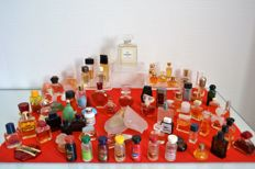 Lot of 71 miniature perfume bottles: Estee Lauder, Weil  Dior ,Cartier,  Lancôme ,  Lanvin,  Cacharel, Guerlain,  Y saint Laurent ,Kenzo etc  many rarities