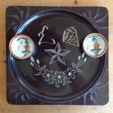 Japanese Imperial army wooden tray for serving sake and two matching sake cups