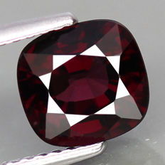 Purple Spinel - 2.09 cts - No reserve
