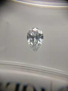 0.51 ct Pear cut diamond D SI1