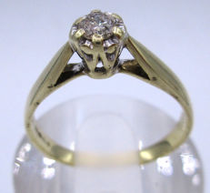Gold Diamond Engagement ring 1967 - with 1 big diamond round cut 0.42ct SI1K *** No Reserve Price ***
