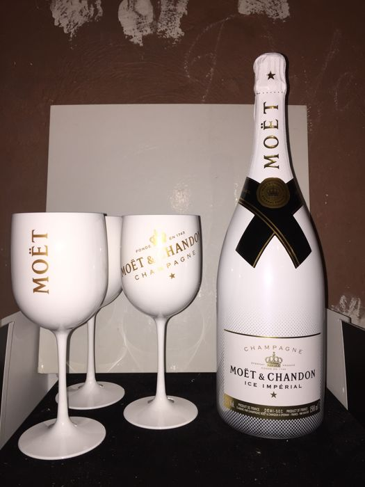 Moët et Chandon Ice Imperial Demi-Sec with 6 Moët et Chandon Ice glasses - 1 magnum (1.5 L) and 6 glasses