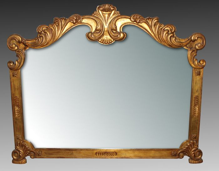 Neapolitan mirror with finely carved gilded wood frame - Louis XV style - Italy, first half of the 20th century
