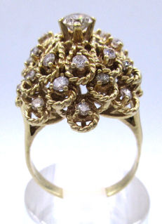 Heavy 15K Yellow Gold Vintage Round Cut - 2.00 ct Diamonds VS2K - 7.95 Grams 15mm Ring