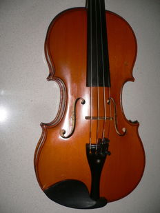 Beautiful French violin by Arthur Parisot, around 1920