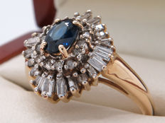 Certified gold cocktail ring with diamonds and a central sapphire - 1.08 ct **No Reserve**