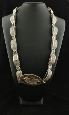 Antique ethnic belt in 925 silver – second half of 20th century