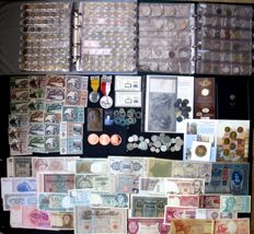 World - batch of coins, banknotes and miscellaneous 1850/2017 (approx. 800 different ones) including gold and silver in 2 albums and separately