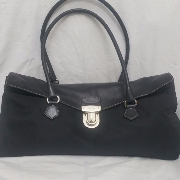14520ffca3 Prada Shoulder Bag - *No Minimum Price* - Catawiki