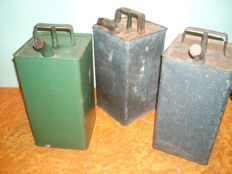ESSO - Three oil cans in tin - 1949/49/54