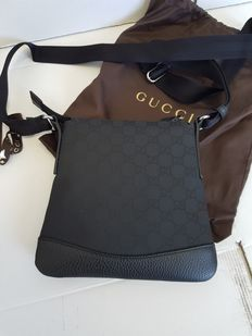 Gucci – Guccissima shoulder bag