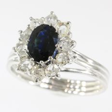 Original vintage diamond and sapphire engagement ring - anno 1970