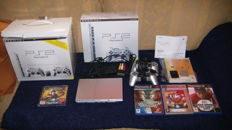 Playstation 2 Startspack - Sath Sliver with 2 memory cards , 2 controllers and 4 games
