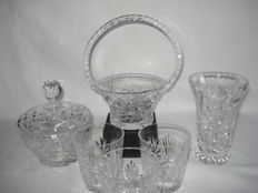 Bohemian crystal 24%: 6 pieces, bonbon dish with lid, flower vase, bonbon basket with handle, 3 whisky glasses.