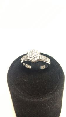 Women's ring in white gold with diamonds  (0.40 ct D–VVS2) Size 11 / 51