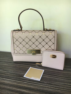 Michael Kors –  Set: Handbag & Wallet.
