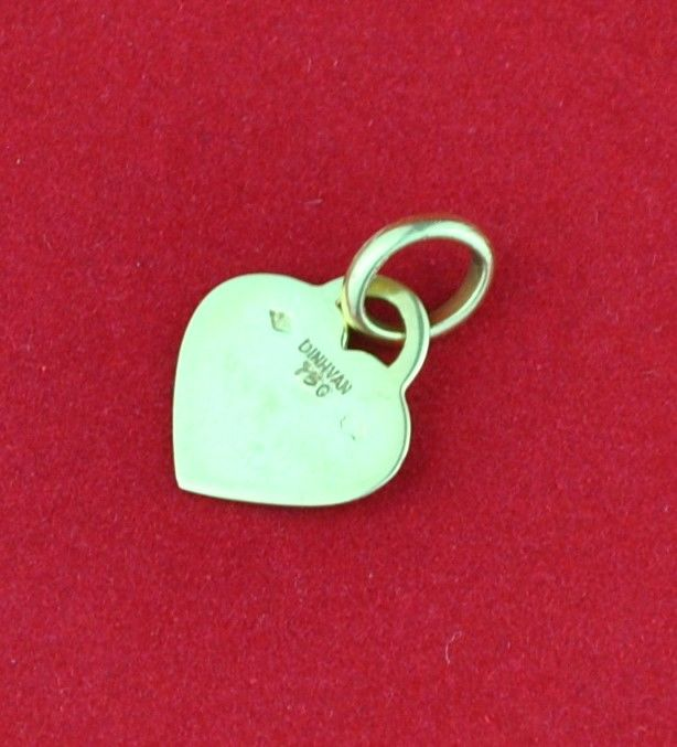 Dinh Van - Heart shaped 18karat Gold Pendant - Size 12mm x 18mm - **no reserve price**