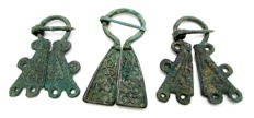 Very Fine Selection of 3 medieval, Viking bronze penannular omega brooches - 45-53 mm (3)