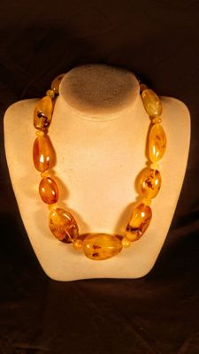 100% Genuine Baltic Amber necklace, length 58 cm, 126 grams
