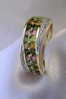 14 kt gold ring tourmaline & diamonds / ring size 16 ***no reserve price****