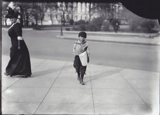 Lewis W. Hine (1874-1940) - 'Newsboy and Woman' - Washington D.C - 1912
