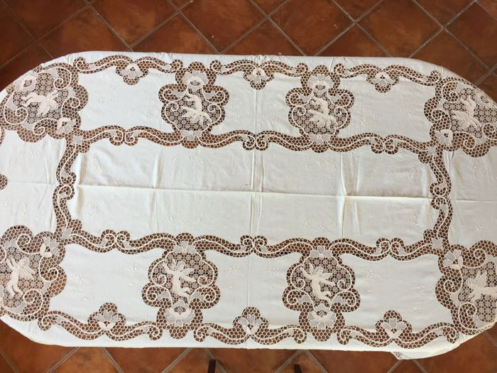 Elegant Tablecloth In Pure Linen And Burano Lace, 1950s 60s