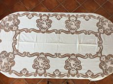 Elegant tablecloth in pure linen and Burano lace, 1950s-60s