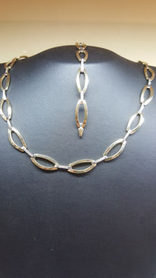14 kt yellow/white gold women's set necklace approx. 45 cm and bracelet approx. 19 cm