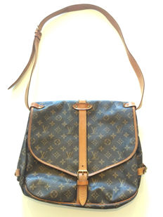 Louis Vuitton – Saumur 35 – Shoulder bag