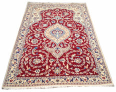 Persian Nain  Hand Knotted Area Rug 189 cm x 121 cm