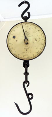Salter hanging scales - England - ca. 1930