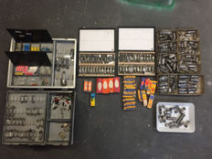 Large batch of tubes (around 150), capacitors and accessories for tube radios