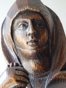 Beautifully made and large devout Maria sculpture in oak - Bruges, Belgium - approx. 1900