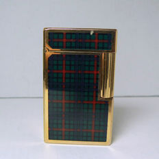 Dupont lighter in Chinese lacquer