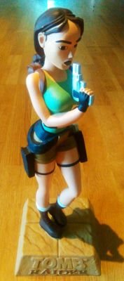 Tombraider - Lara Croft - Big Statue - 1990's - Format 37 cm high - Resin/stone