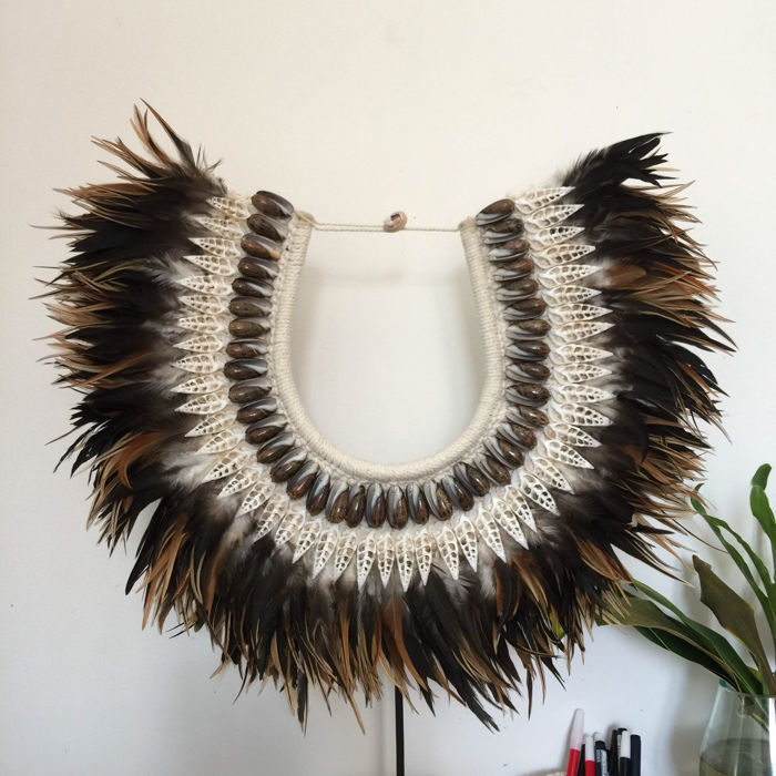 Decorative tribal shell necklace - Indonesia - 21st century