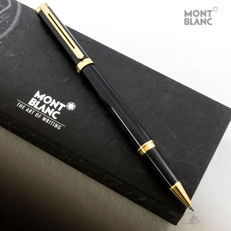 Montblanc Noblesse Oblige Black Lacquered Rollerball Pen