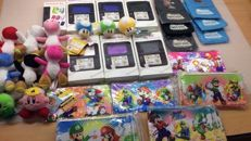 Lot varied Nintendo toys and gadget