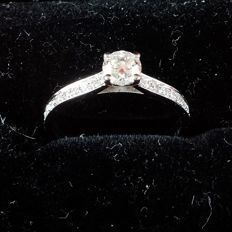 GIA diamond cert. Engagement Ring GIA –100726337416 – 18/750 3.50 g – Size 15/55