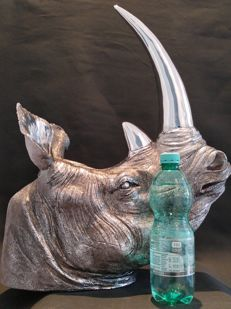 Rhino head (very large, 52 cm) - galvanised - very classy look, to hang or to stand.