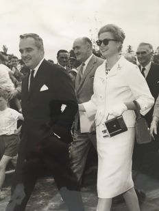 Robert Cohen/ AGIP and Associated Newspapers Limited - Le Prince Rainier et son épouse Grace Kelly - Dublin - 1961