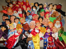 Large collection of 55 old puppet dolls/Walt Disney/puppets/Puppetshow-various Countries