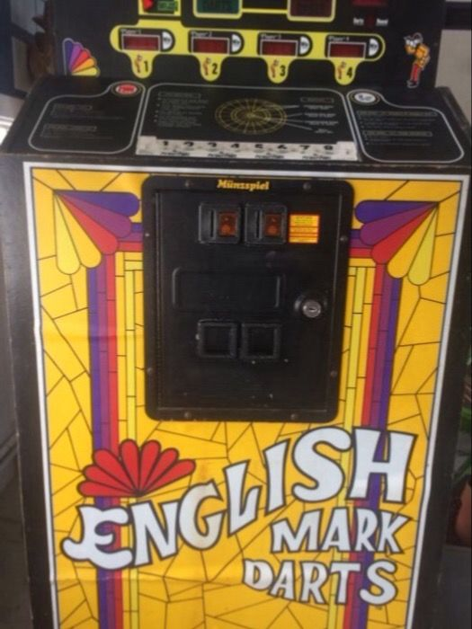 Rockford English Mark Darts Collectors Item Early 80s Arcade Game