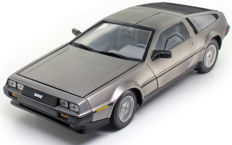 Sun Star - Scale 1/18 - DeLorean LK 1981
