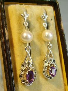 Earrings with amethysts of 1.2 ct, marcasites and genuine white Akoya pearls