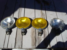 4 RULHA LIGHTS 2 SPOTLIGHTS and 2 FOG LIGHTS with a diameter of 150 mm from the 1980s and 1990s
