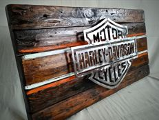 Large sign / logo in wood and steel - H-D bar and shield