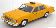 MCG Models  - Scale 1/18 - Chevrolet Caprice New York City Taxi 1991 - Colour: Yellow