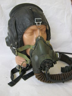 Original russian pilot   helmet with oxygen mask - 1970 year