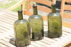Lot of 3 Hand Blown Light Olive Green Spanish Miliitary Galleon Utility bottles 1780 - 1830